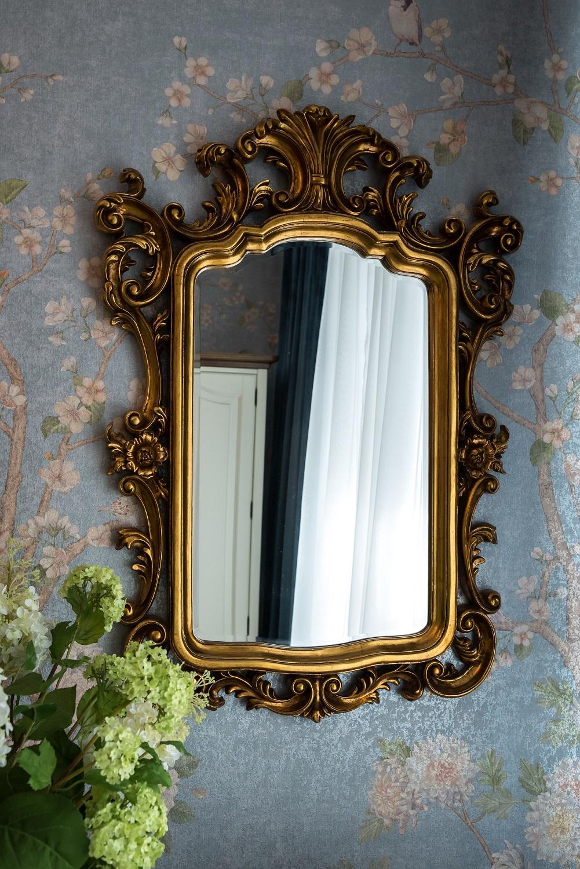 Картинки зеркала в комнате